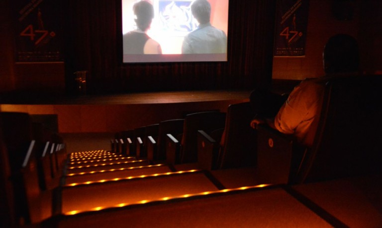 Rede de cinemas de Maringá vai entrar na Justiça para reabrir