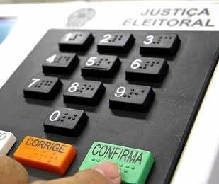 Em Maringá, 279.500  eleitores vão às urnas neste domingo (15)