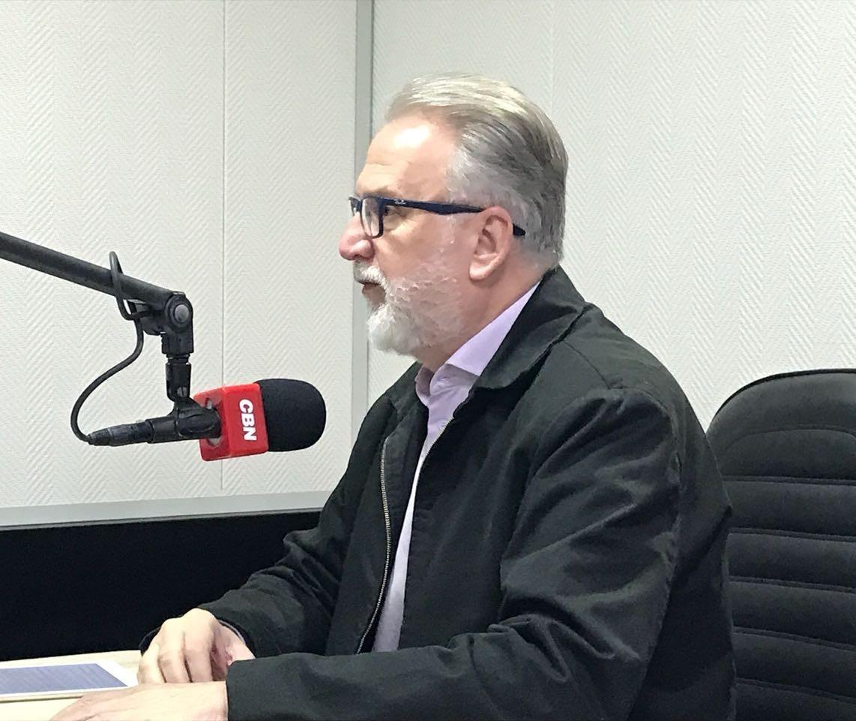 Osmar Dias anuncia que está fora das eleições 2018