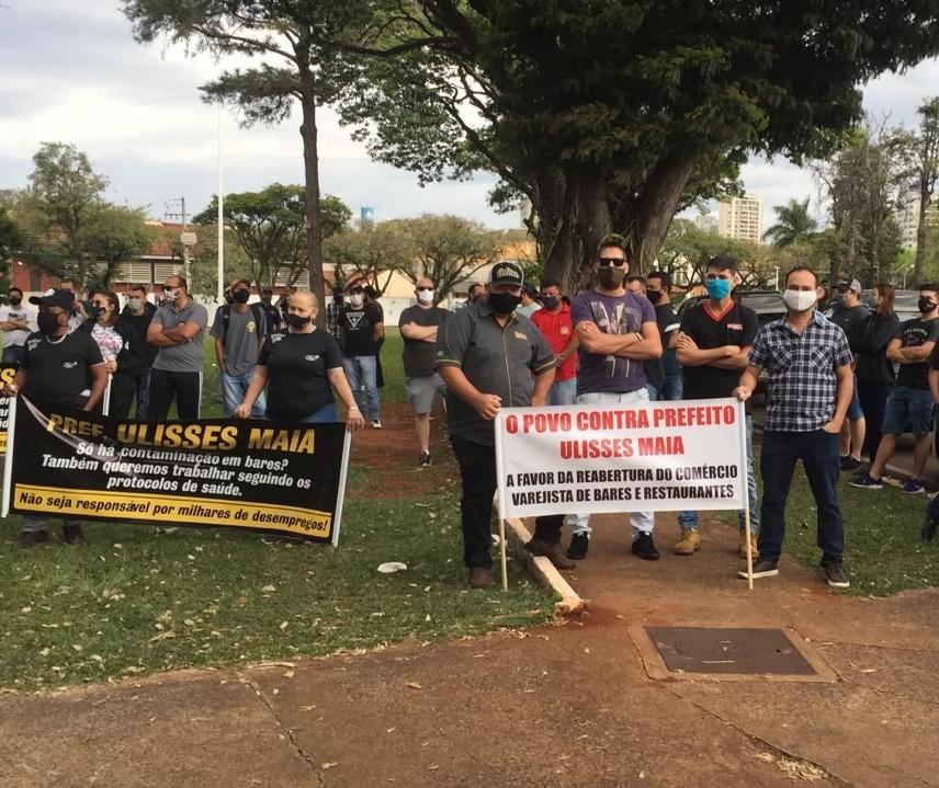 Justiça nega liminar para reabertura de bares