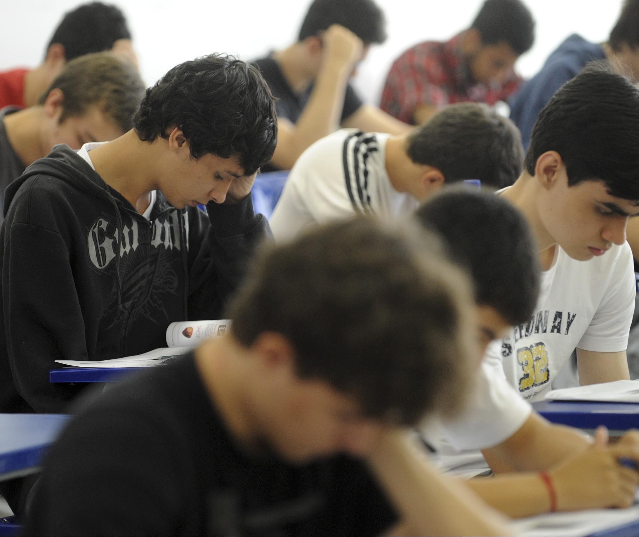 Governo do Estado cria programa de intercâmbio para estudantes da rede estadual de ensino