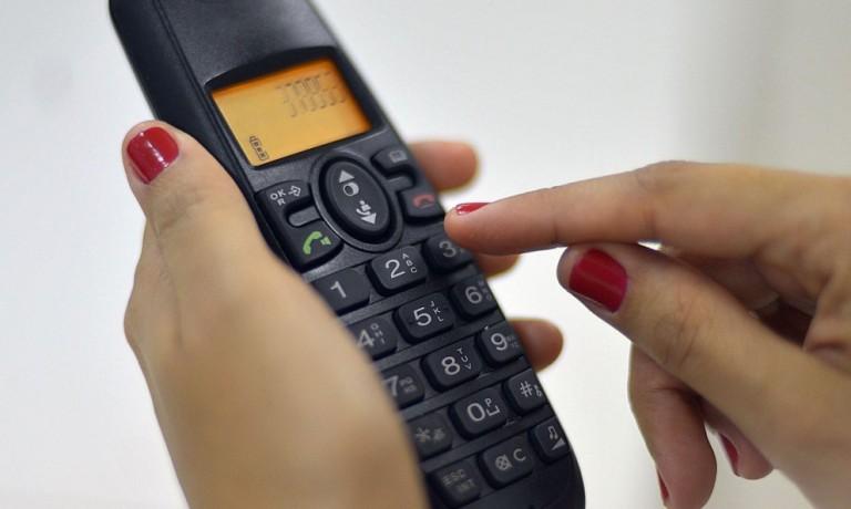 Telefone volta a ser ferramenta importante no contato com o consumidor
