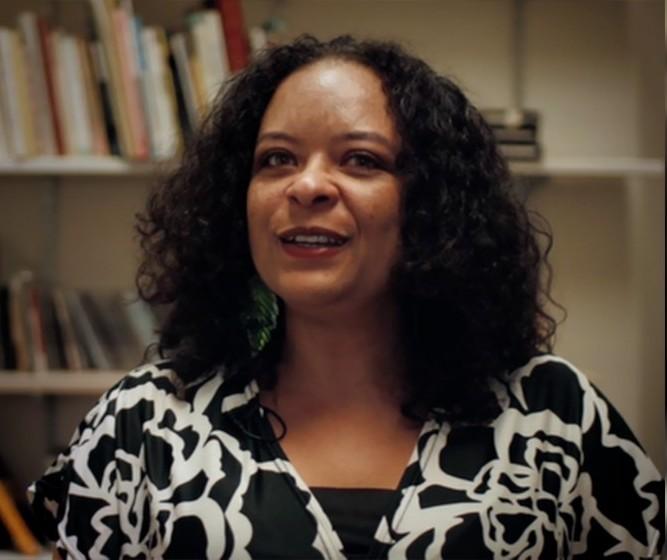 """Precisamos aprender com Kehinde, protagonista de """"Um defeito de cor"""""""