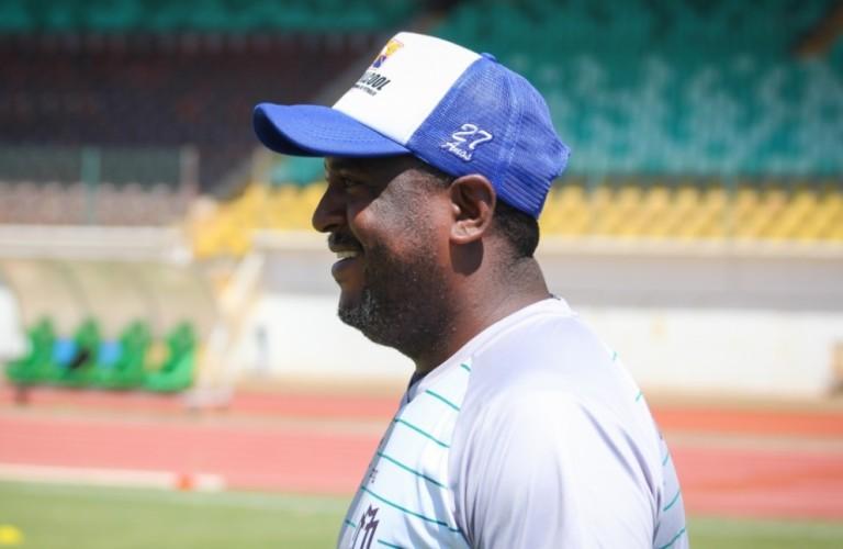 É inevitável não pensar na semifinal, diz treinador do MFC