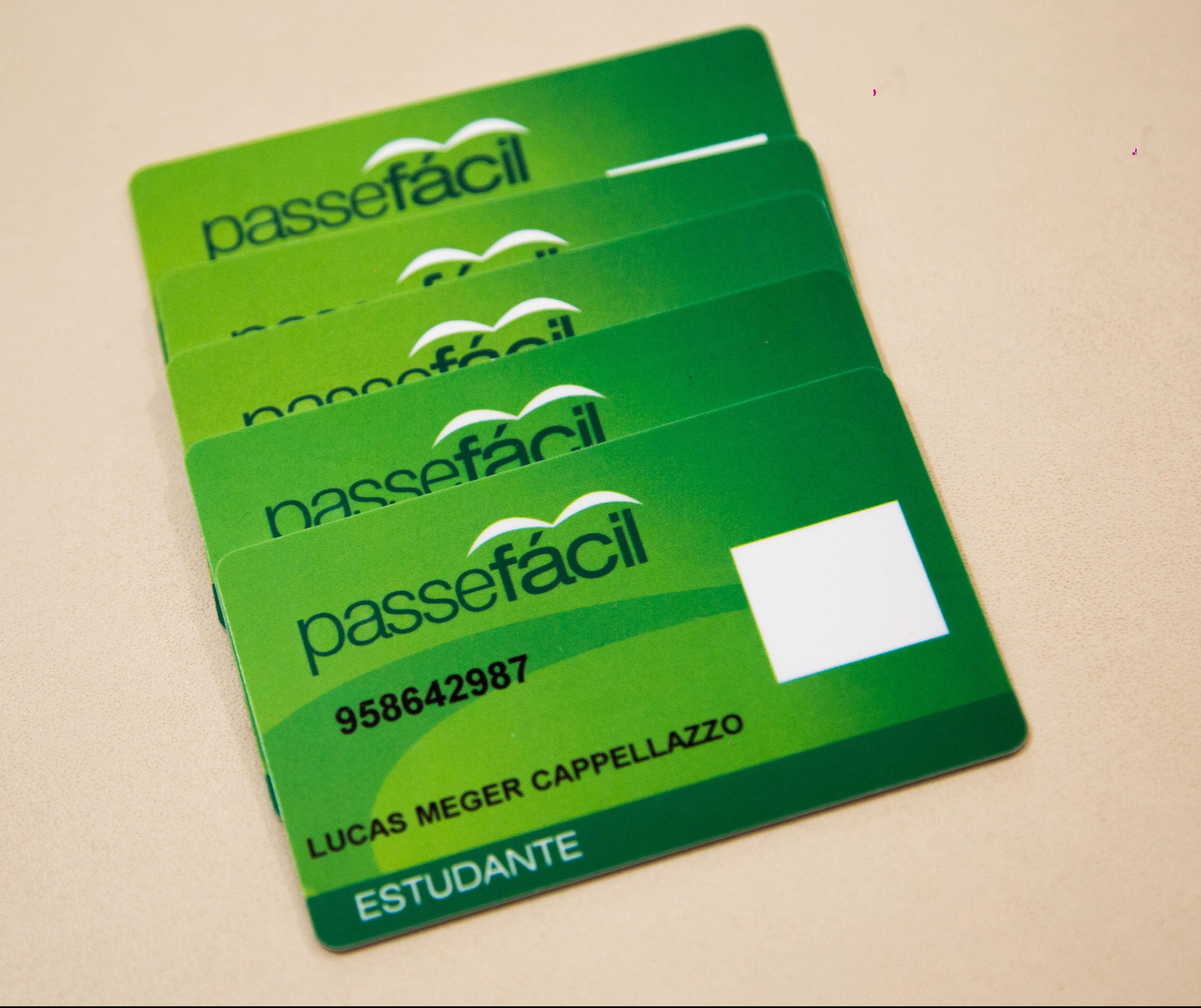 Estudantes têm mais um mês para solicitar passe livre em Maringá