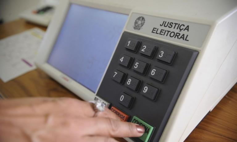 Dois candidatos disputam a eleição suplementar em Munhoz de Mello