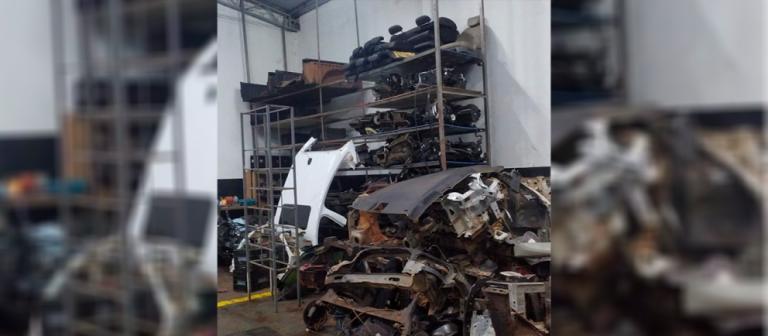 Quatro suspeitos são presos em operação que fechou desmanche de carros em Maringá