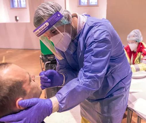 Maringá ultrapassa 50 mil casos de Covid-19; veja o boletim atualizado