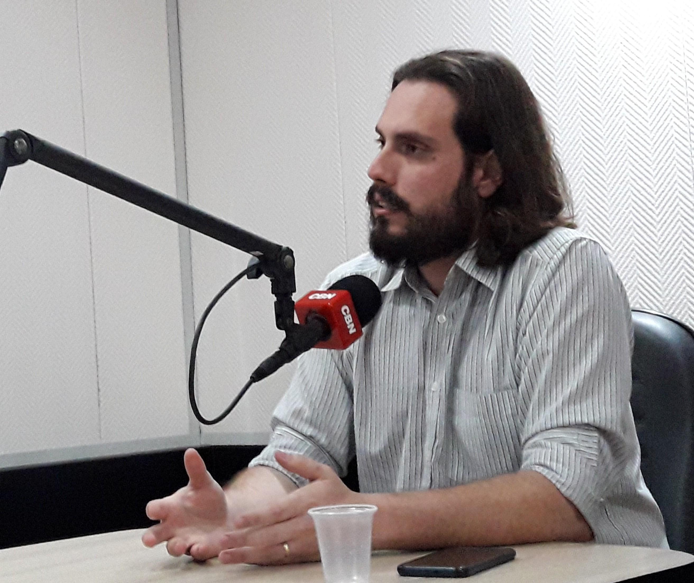 """""""Preciso de tempo para minha família"""", diz Miguel Fernando sobre saída da Cultura"""
