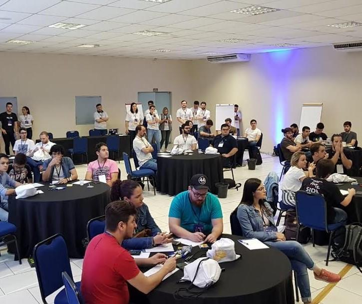 Começa Hackathon Cidades do Futuro