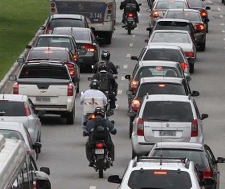 IPVA não será entregue neste ano pelos Correios no Paraná