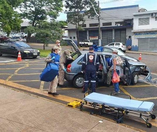 Pelo menos sete pessoas ficam feridas em acidente em Maringá