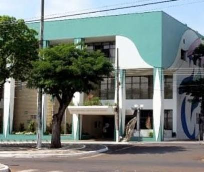 Prefeitura de Guaíra abre 51 vagas