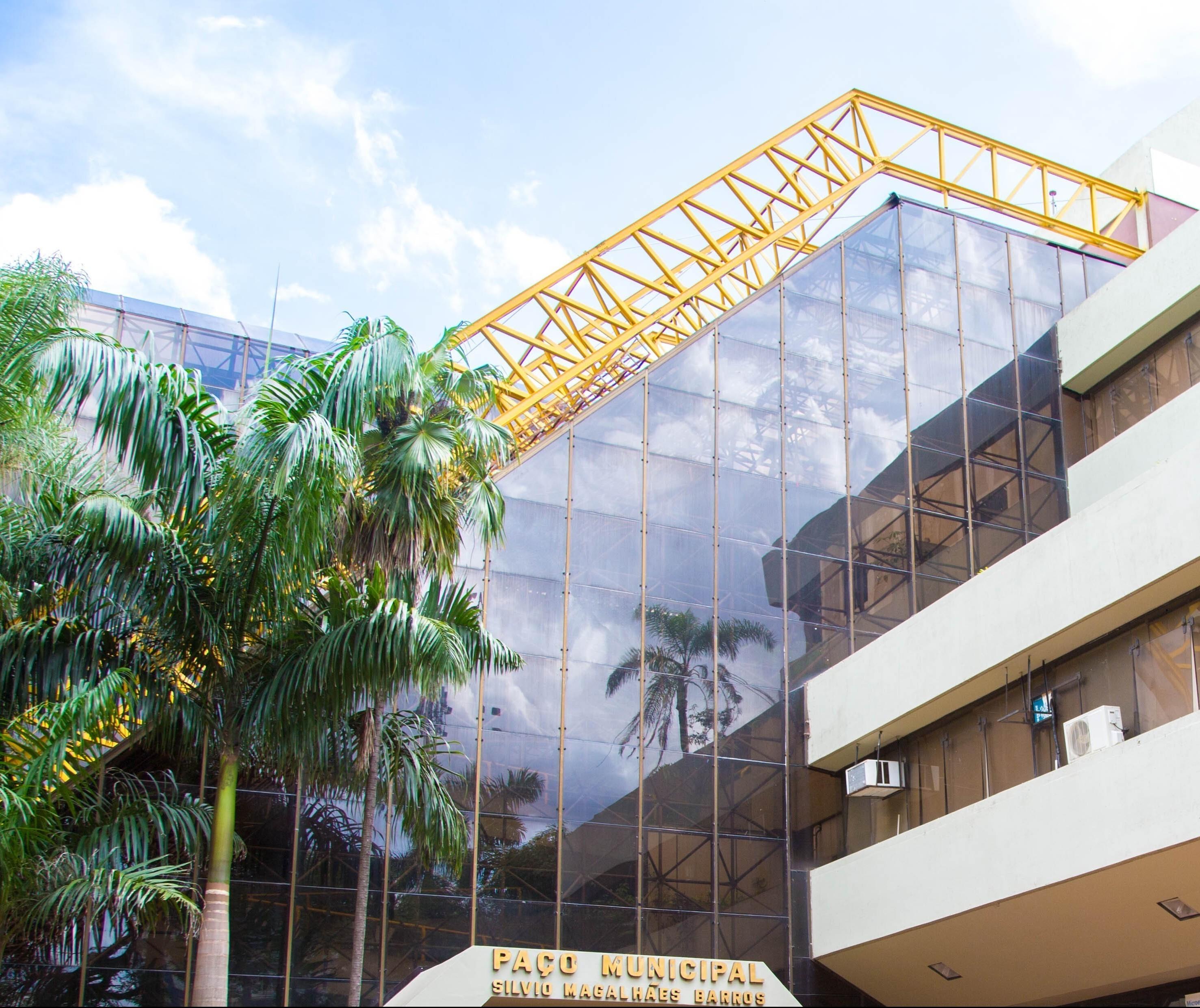 Prefeitura coloca 45 lotes à venda em Maringá