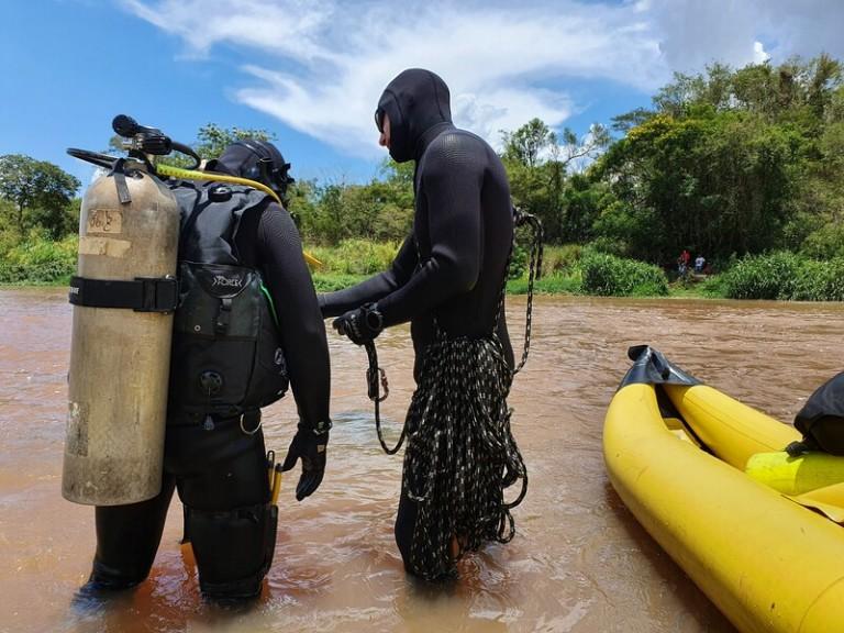 Bombeiros encontram o corpo da jovem de 20 anos que se afogou no Rio Pirapó
