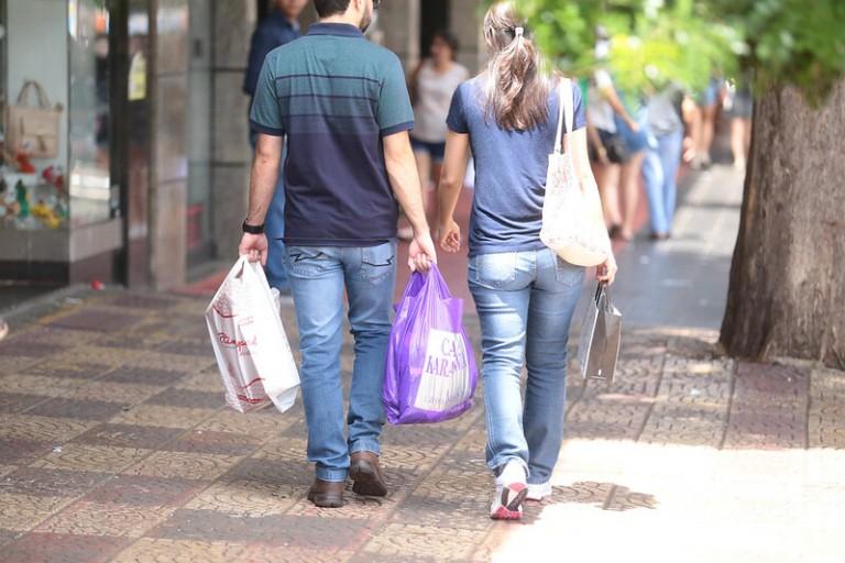 Comércio quer flexibilização para o dia dos pais em Maringá