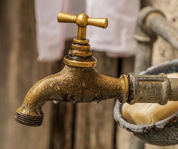 Bairros da zona norte de Maringá estão com abastecimento de água interrompido