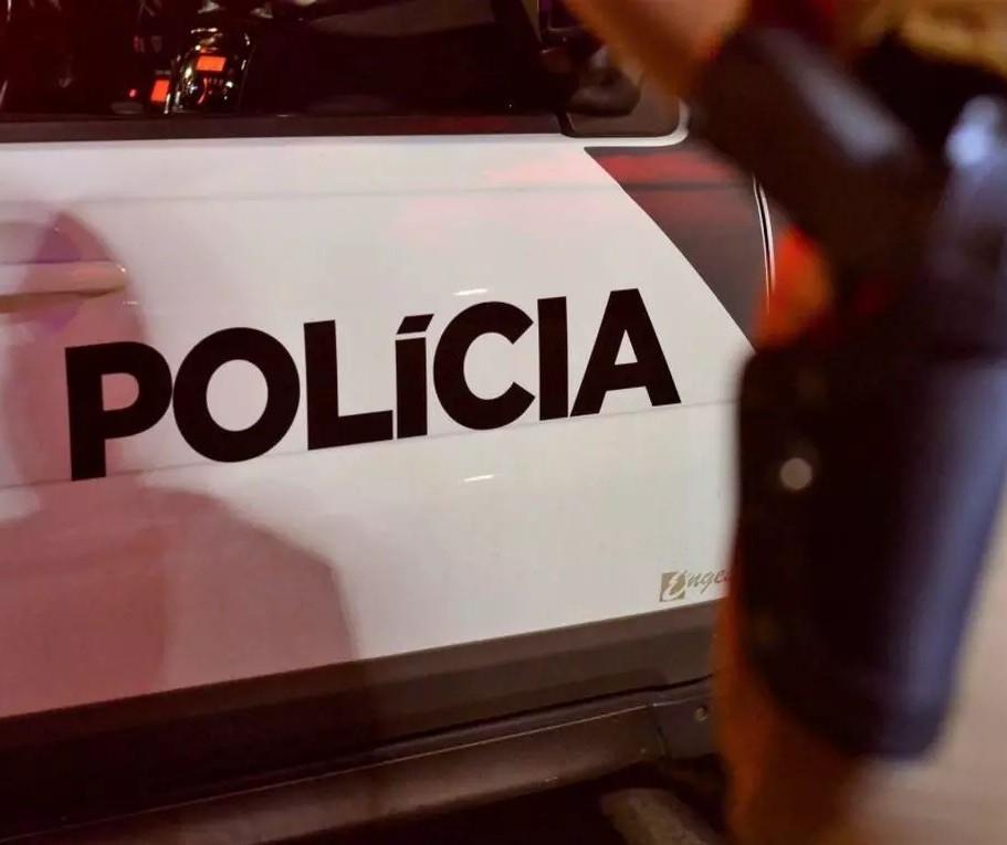 Polícia procura por casal que esfaqueou três pessoas após briga generalizada