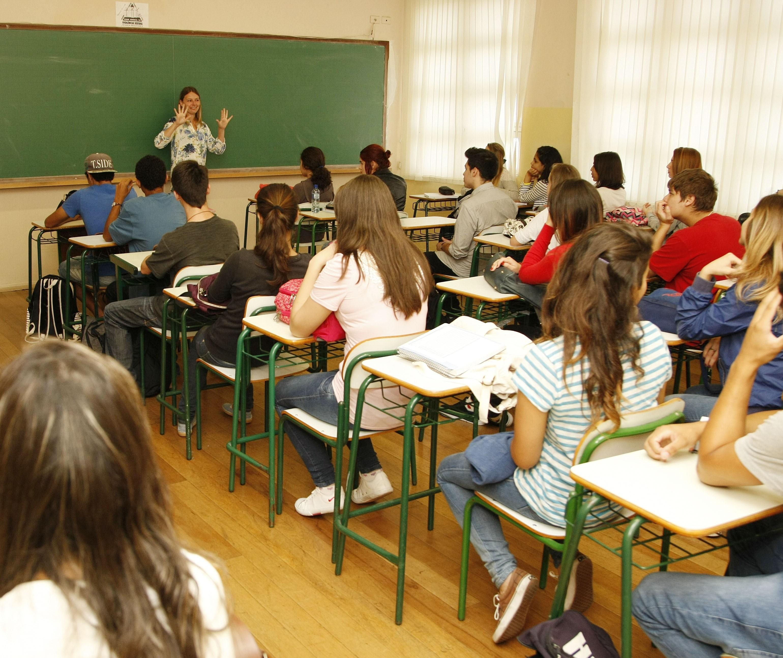 Professores falam sobre o volta às aulas
