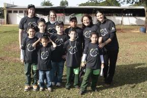 """Projeto """"Pocotó"""" de equoterapia ajuda na reabilitação de 20 crianças carentes do município"""