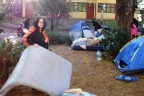 Estudantes desocupam a reitoria da Universidade Estadual de Maringá