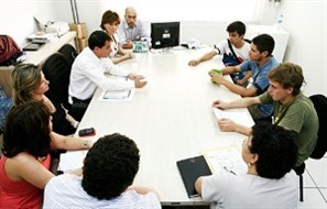 Em assembleia nesta segunda-feira o Sinteemar decidiu se unir à mobilização de professores e técnicos de Universidades Públicas
