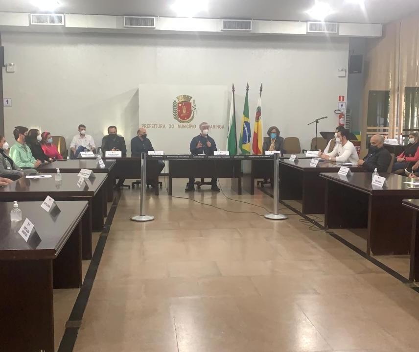 Reunião trata da situação crítica dos hospitais em Maringá