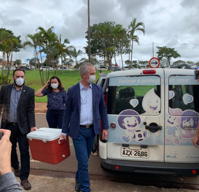 Famílias de servidores da linha de frente que morreram em consequência da Covid-19 serão indenizadas, diz prefeito