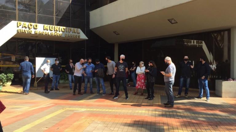 Ato pede abertura dos shoppings aos fins de semana em Maringá