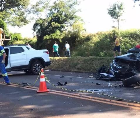 Motorista de 24 anos fica em estado grave após colisão frontal na BR-369