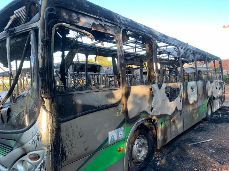 Polícia cumpre mandados contra suspeitos de envolvimento em incêndio a ônibus da Cidade Verde