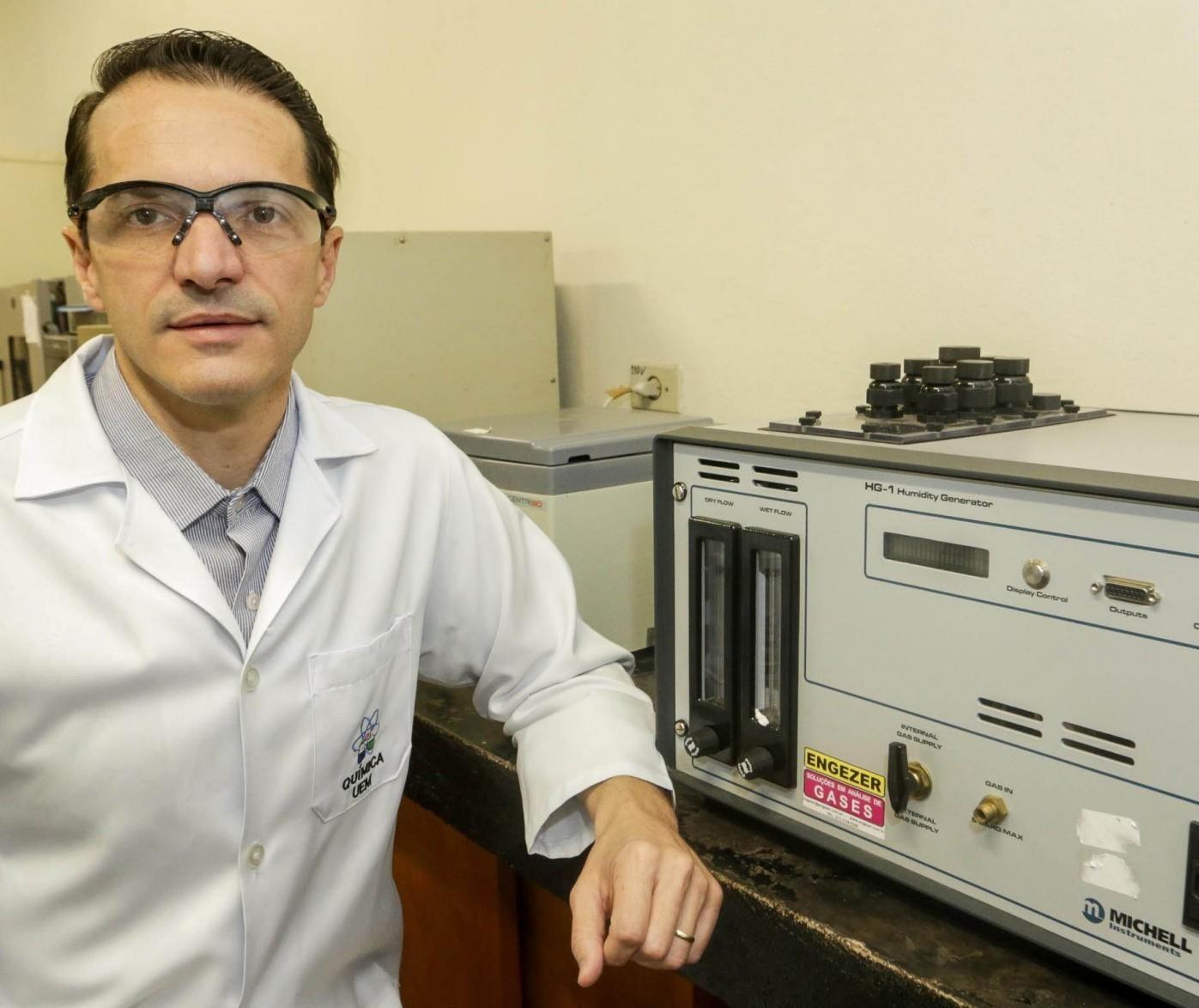 Pesquisador de Maringá cria sensor que detecta fraude em combustível