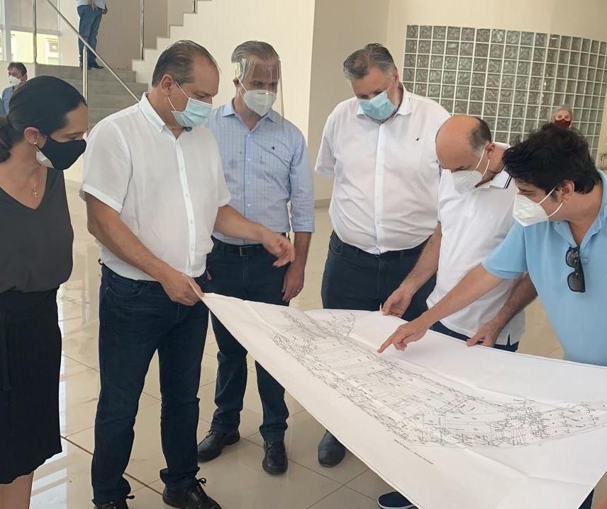 Vistoria avalia utilização da estrutura do Hospital da Criança de Maringá