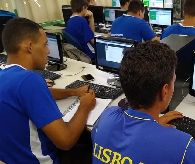 Colégio de Sarandi está com inscrições abertas para curso Técnico em Informática