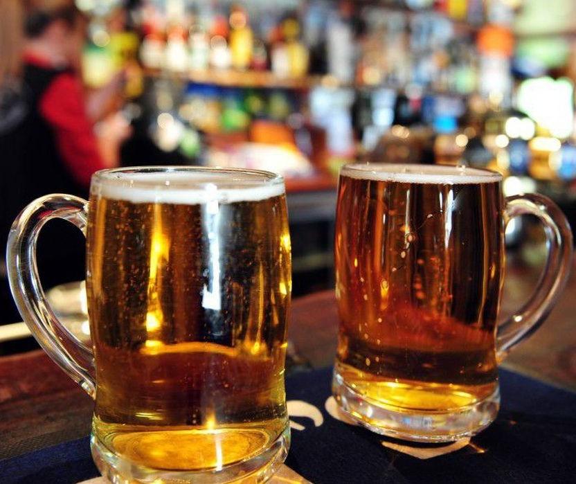 Bares e restaurantes aguardam definição sobre abertura nos fins de semana à noite