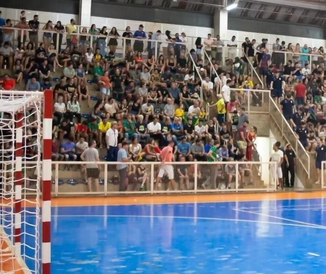 Nesta semana Maringá sediou um campeonato internacional de Handebol