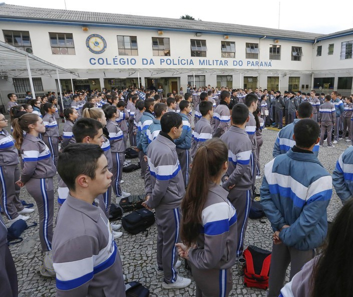 Sobe para 172 o número de escolas a favor do modelo cívico-militar
