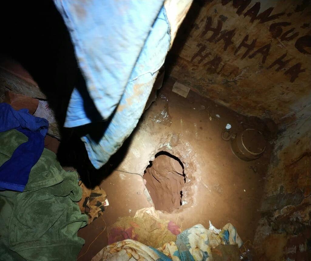 Policiais penais descobrem túnel em cela da cadeia de Sarandi