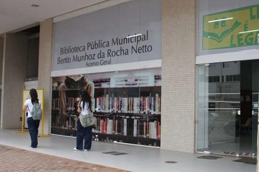 Biblioteca Centro completa 57 anos em Maringá