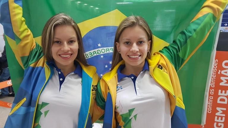 Gêmeas da natação conseguem índice e estarão na Paralimpíada de Tóquio